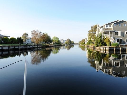 635816232390991038-south-bethany-canal