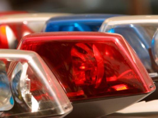 635818181790442783-police-lights-stock