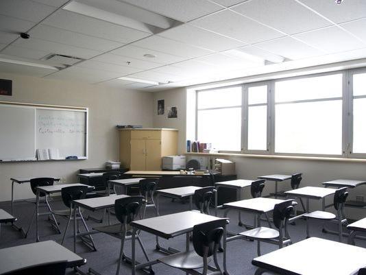 635823303024842520-635823260900083316-Schoolroom-empty