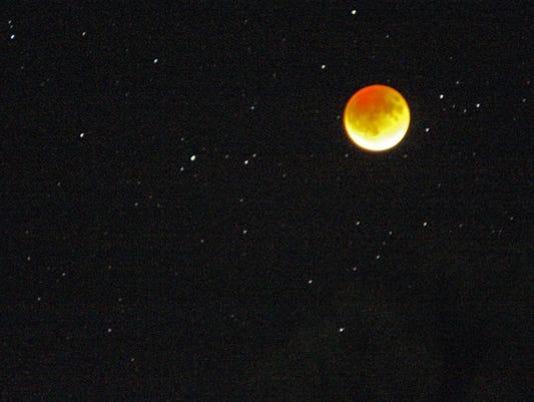 Moon eclipse1