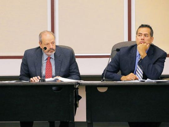 Mayor Oscar Leeser, left, and City Manager Tommy Gonzalez during a meeting at City Hall.