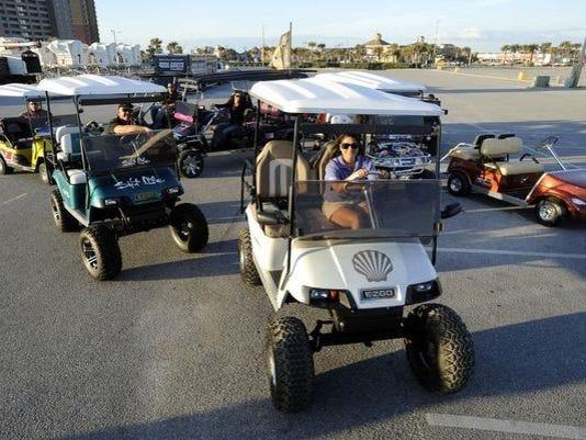 635845902615541992-golfcart2.jpg
