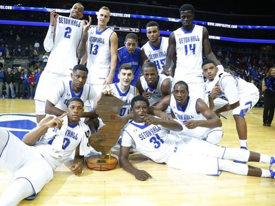 Seton Hall poses with the Boardwalk Trophy last year.