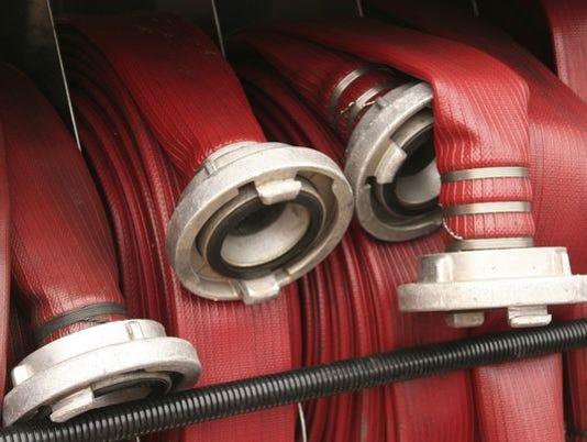 635851615639969389-635838651631036097-fire-hose2.jpg