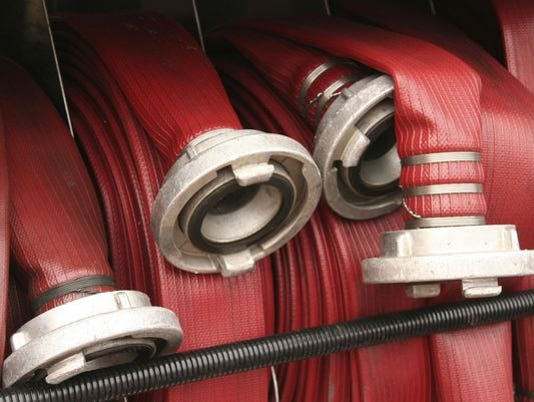 635863044637037855-635838651631036097-fire-hose2.jpg