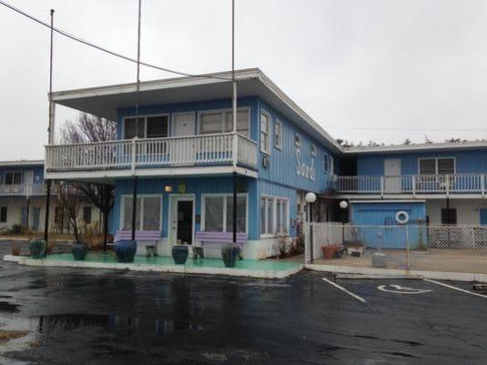 635878628069303862-sands-motel.jpg
