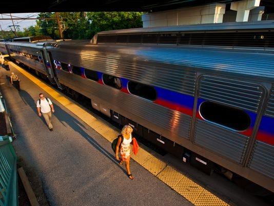 635893243977770521-Newark-train-station.jpg