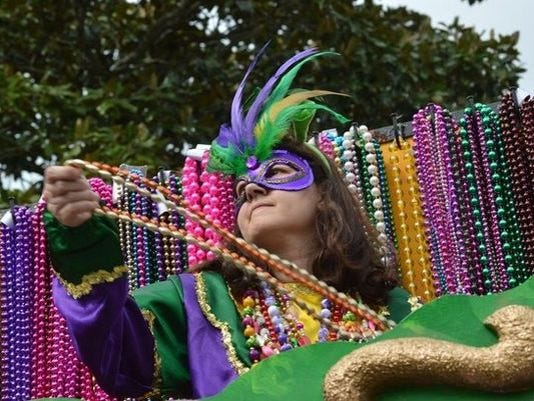 635903861033098990-mardi-gras-bead-photo-for-web.jpg