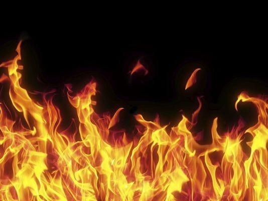 635911471312854446-fire.jpg