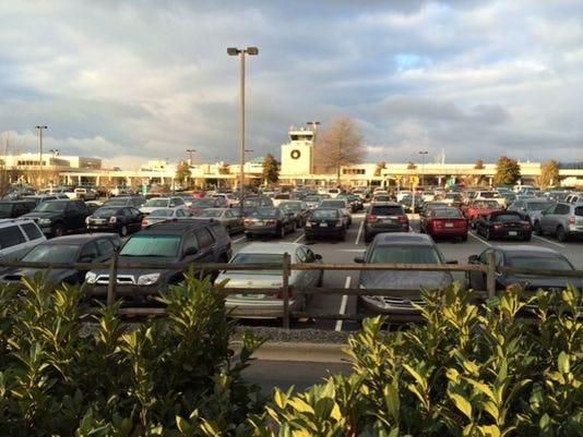 635935731763751588-airport-parking.jpg