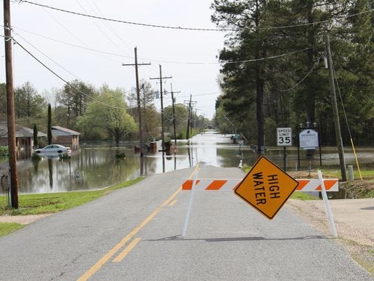 635941729793331636-flooding-2.JPG