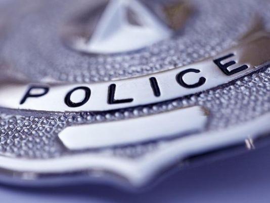 635963500459932318-Police-badge.jpg