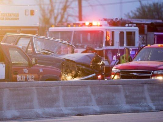 636040161128027770-I-69-fatal-crash.jpg