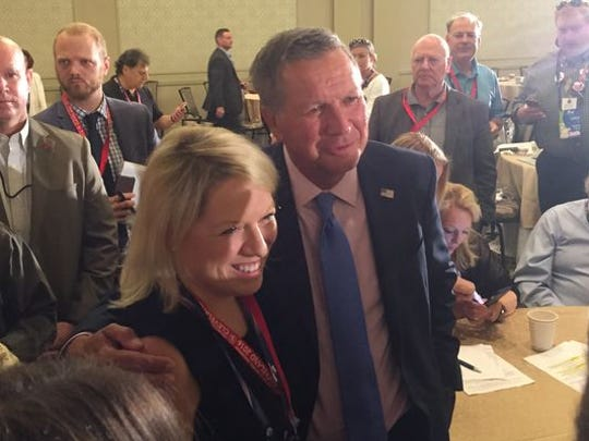 Ohio Gov. John Kasich meets with Michigan delegates