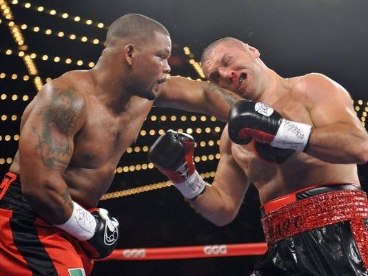 USP-Boxing-Mike-Perez-vs-Magomed-Abdusalamov.jpg