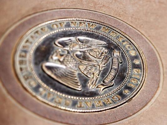 636059130093688620-state-seal.jpg