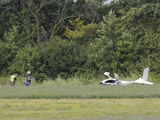 636063574115684529-636053026098719592-FON-072816-plane-crash-1.jpg