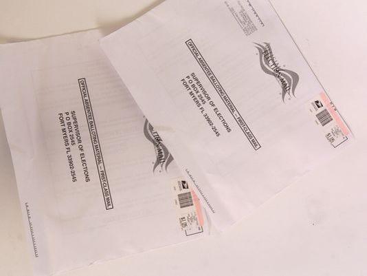 636071363901557031-635773195640029611-Absentee-ballots.jpg