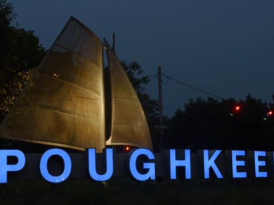 "The ""Poughkeepsie"" sign located on the Arterial east of the Mid-Hudson Bridge."