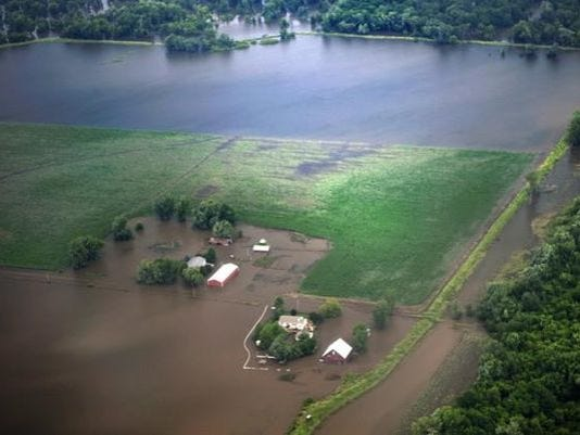 636104744667851008-Flooding.jpg