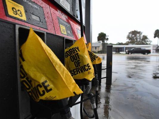 636114259851895128-Fuel-pumps.jpg