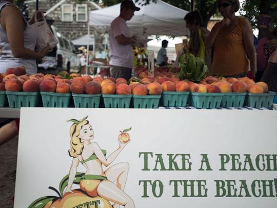 Bennett Orchards offers fresh peaches at local farmers markets.