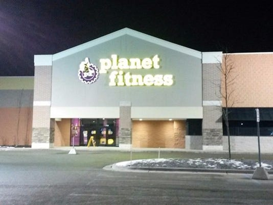 636166036666753263-planet-fitness.jpg