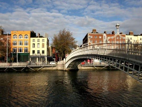 Liffey Bridge, aka Ha'penny Bridge, in Dublin.