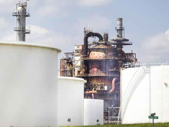 Delaware City Refinery got a violation notice from state regulators last month for failing to give advance notice of an equipment shutdown that might have resulted in a release of air pollutants.