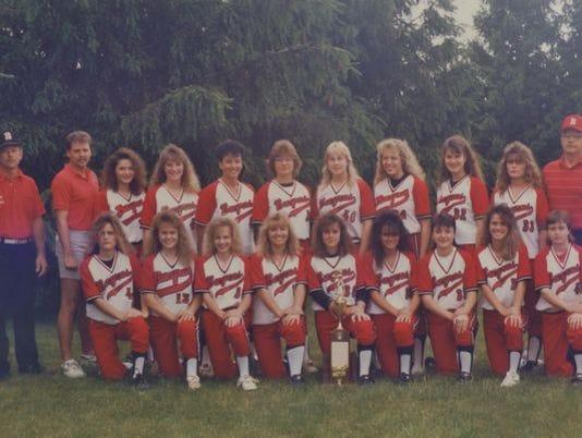 636191622292874525-BHS-1990-Softball-Team.jpg