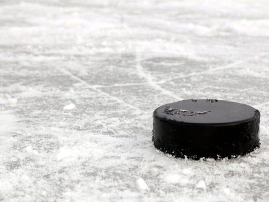 636229365072651396-Hockey.jpg