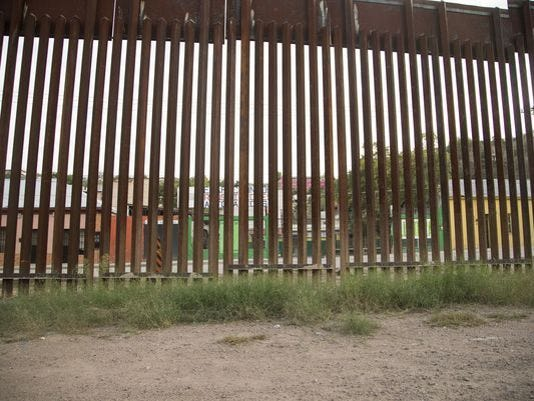 Border fence.jpg