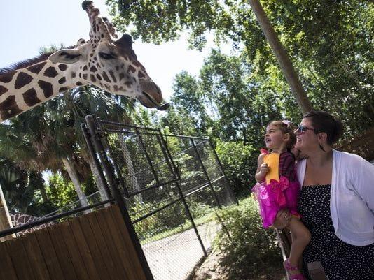 636244750101614087-Naples-Zoo.JPG