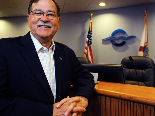Canaveral Port Authority Chairman Tom Weinberg made his pitch for  a boycott of the National Football League during the Port Authority's meeting on Thursday.