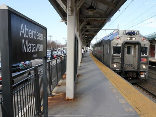 NJ Transit train stops to pick up and drop off passengers at the Aberdeen-Matawan train station in Matawan, NJ Tuesday March 1, 2016. (Photo: Tanya Breen/staff photographer)