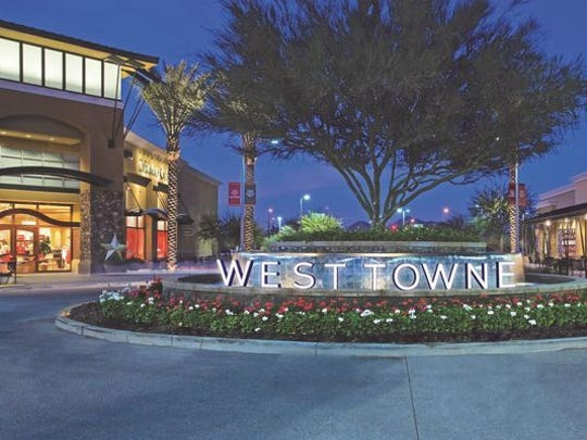 A large, landscaped roundabout will be part of the West Towne Marketplace in West El Paso.