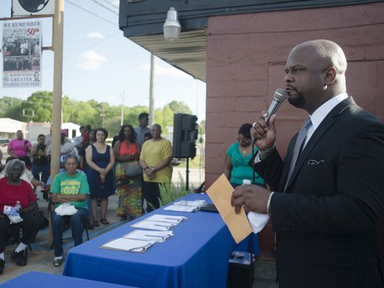 KK Middleton announces he will run for City Council for District. 4 in 2015.