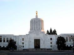 Emissions cap, education reform top priorities as lawmakers return to Salem
