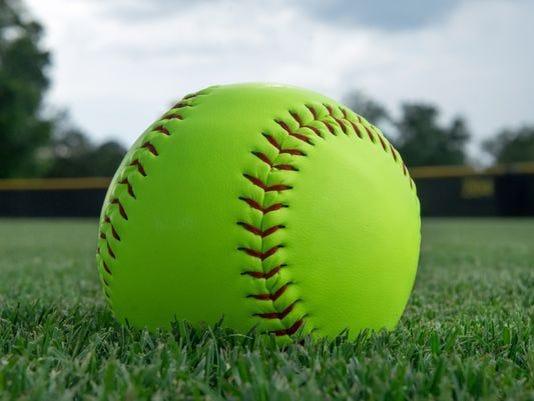 636300567571848443-softball.jpg