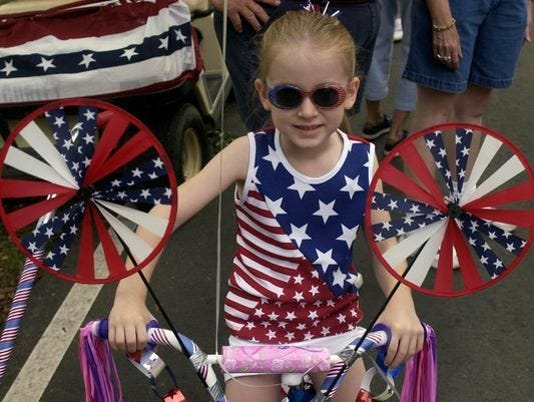 636336699911148907-Bicycle-Parade.jpg