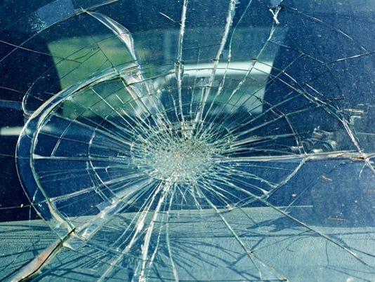 636345050881015794-crash.jpg