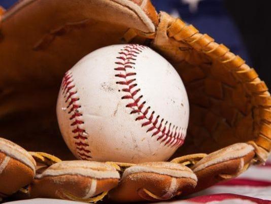 636354989988940606-baseball.jpg