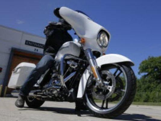 636366673031655400-motorcycles.jpg