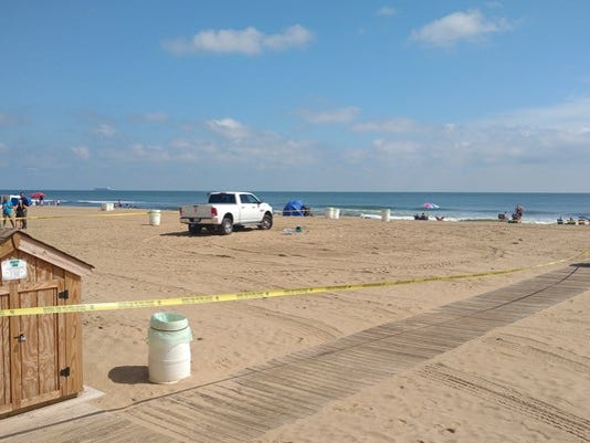 636404609050147160-Beach-goer-hit-by-truck-1504799485724-10703456-ver1.0.jpg