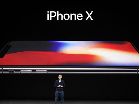 636408247954657415-Apple-iPhone-X.jpg