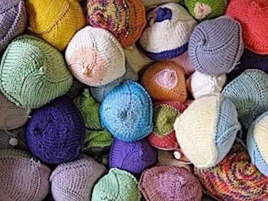 636437590743308953-KnittedKnockers.jpg