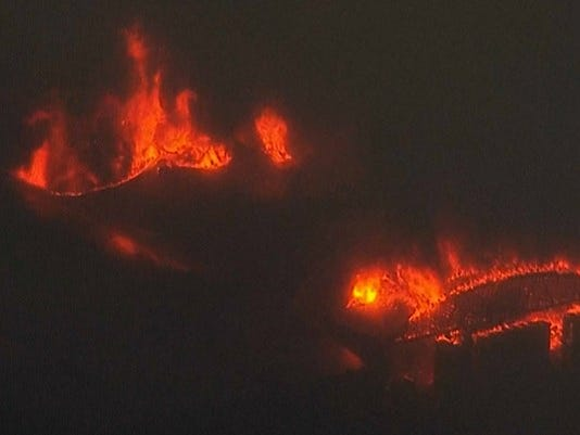 huge fire consuming washington fruit plant near hood river in gorge