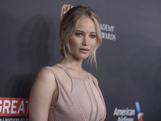 636482480424777595-JENNIFER-LAWRENCE-Richard-Shotwell-Invision-AP.JPG