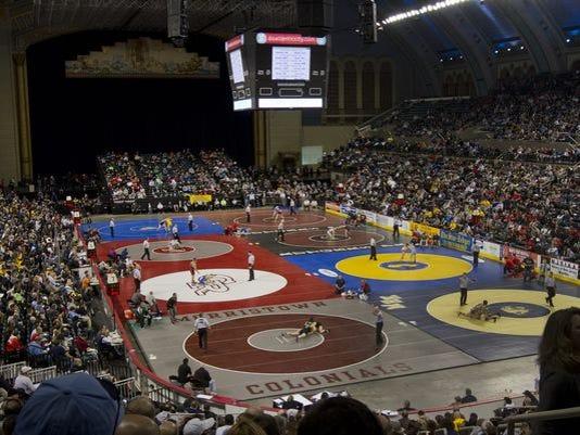 636495705095200359-wrestling-mats.jpg