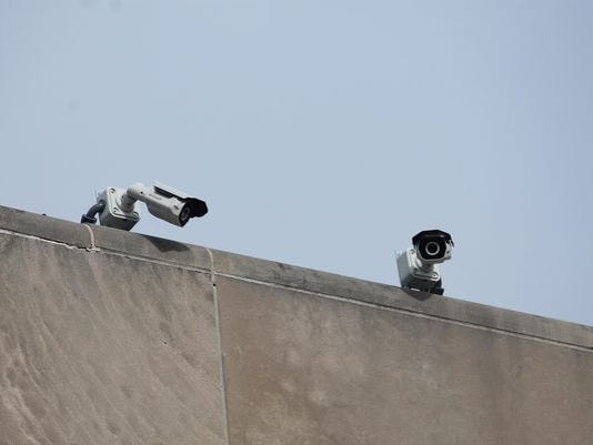 636548199652225242-security-cameras.jpg